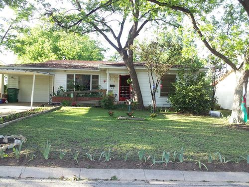 Click here to see additional photos of 1114 W. Mesquite